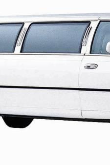 Iraniër laat zich vervoeren in limousine om grens over te komen