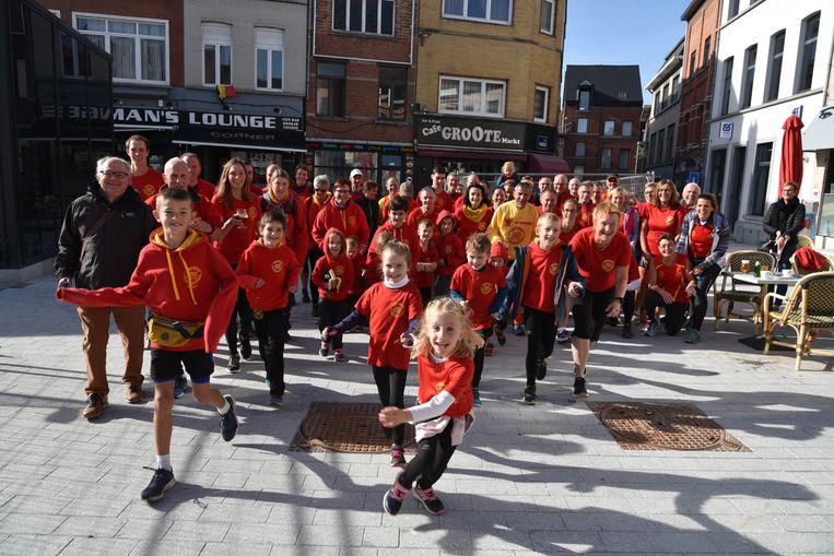 De gouden jubileum werd zaterdag gevierd in 'flashmob'-stijl.