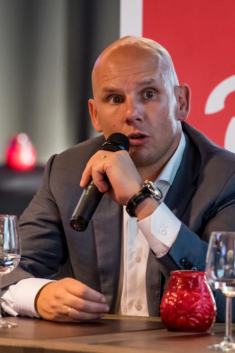 Van Halst: 'Selectie goed genoeg om niet in problemen te komen'