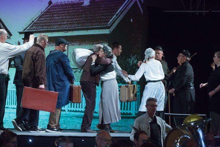 Repetities van het spektakel 'Onze Groote Oorlog'.