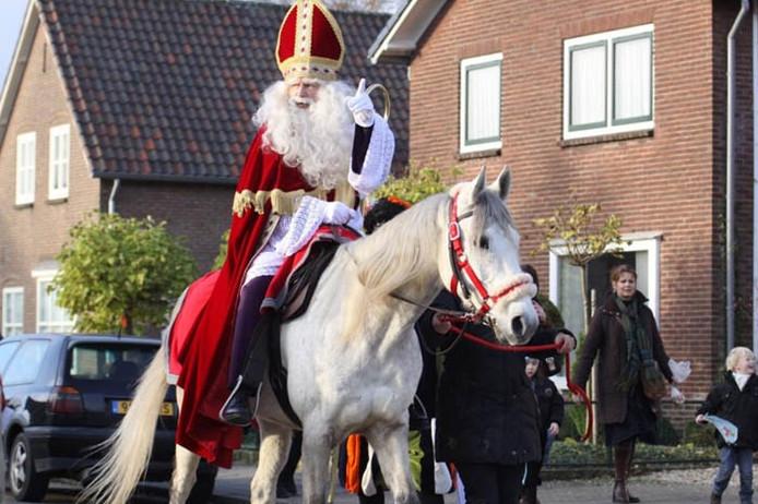 Sinterklaas tijdens de intocht in Driel. Foto ingestuurd door: M.Woodland Day