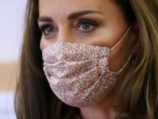 Hertogin Kate zorgt voor massale vraag naar fleurige mondkapjes