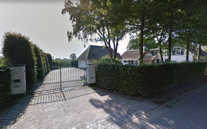 Er ligt een plan om achter het landhuis aan de Bosscheweg 7 in Heukelom twee recreatieve visvijvers aan te leggen.