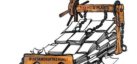 Enschedeërs voor bijstand op de pijnbank: 'Je ziet ze denken: weer zo'n fraudeur!'