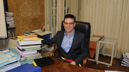 """Burgemeester De Caluwé (Open Vld) stelt zich vragen bij 'lijstverbinding' oppositiepartijen: """"Het kartel 'Anders' is opnieuw springlevend"""""""