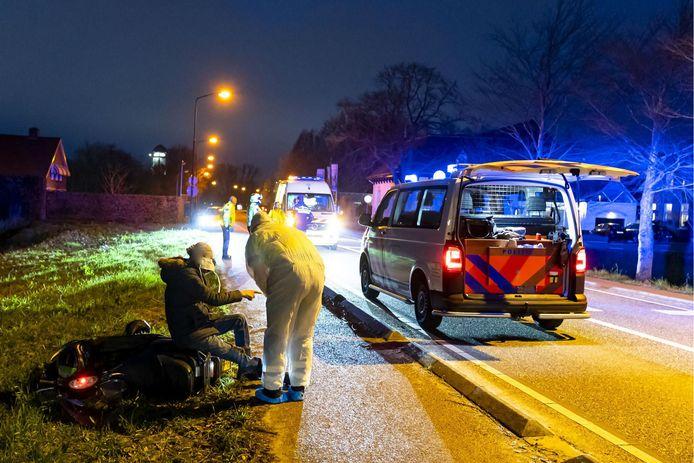 Scooterrijder raakt gewond bij ongeluk in Raamsdonksveer