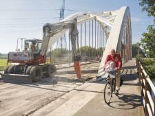 Hengelerbrug Goor in slechte staat: brug langer dicht