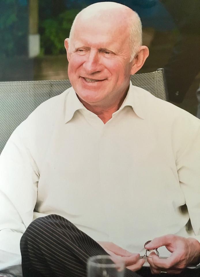 Piet van Leeuwen was een hartelijke, vrolijke dokter.