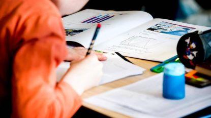 Het debat: moet het onderwijs meer focussen op kennis vergaren? Dit is jullie mening
