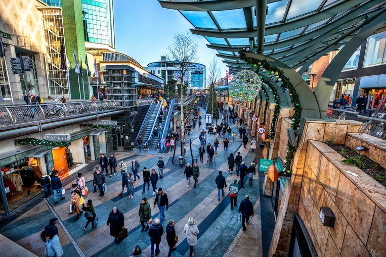 Het koopcentrum van Rotterdam. Beeld Raymond Rutting / de Volkskrant