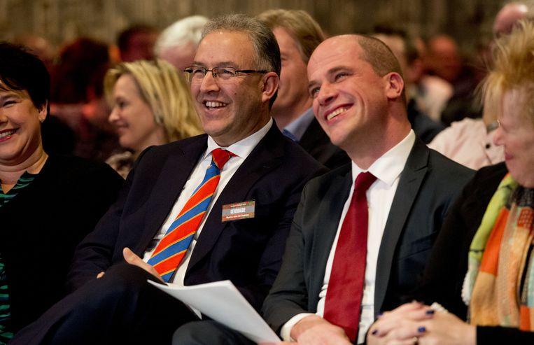 De Rotterdamse burgemeester Ahmed Aboutaleb en PvdA-leider Diederik Samsom tijdens het jaarlijkse partijcongres van de PvdA. Beeld anp