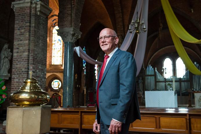 """Leo Ros: """"Ik ben niet voor niets bezig aan een soort afscheidsronde langs alle kerken, want ze waren me allemaal even lief."""""""