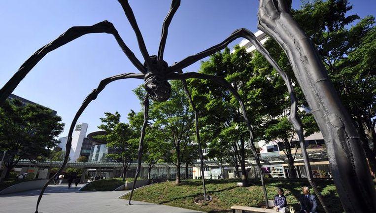 'Maman' een kunstwerk van Louise Bourgeois in Tokyo. Foto EPA Beeld