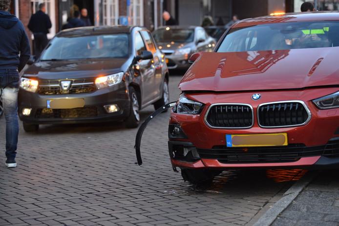 Beide auto's hebben flinke schade