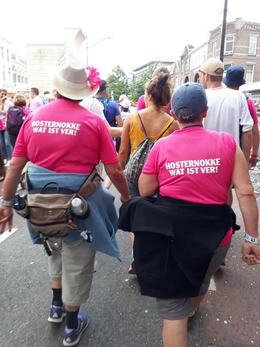 Wilma Coppoolse en Doortje Cornelisse tijdens Roze Woensdag