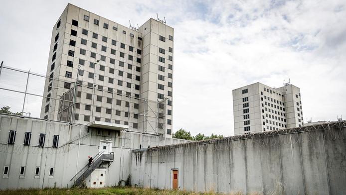 Audio Obscura heeft de drie AFDE-feesten in de Bijlmerbajes gecanceld wegens problemen met de vergunning