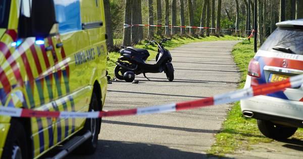 Kind gewond bij aanrijding door scooter in Deventer.