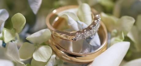 Drama voor oudere vrouw; met babbeltruc beroofd van trouwring en die van haar overleden echtgenoot