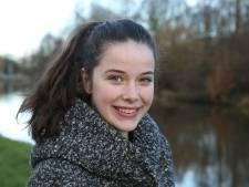 Tafeltenisster Emine (14) wordt Sportvrouw van Lochem
