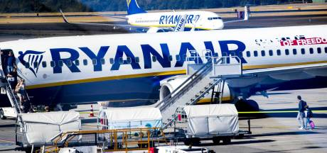 Nederlandse piloten eisen miljoenen van Ryanair