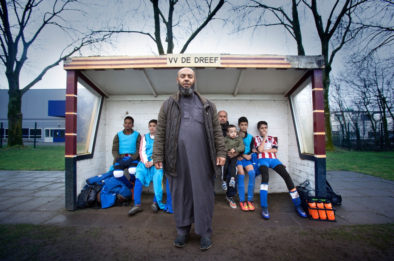 Voetbalvader en voorzitter (van 2012 tot 2018) Abdelkader Loukili: 'We kunnen ons bij VV De Dreef nu weer met voetbal gaan bezighouden.' Beeld Kees Rutten