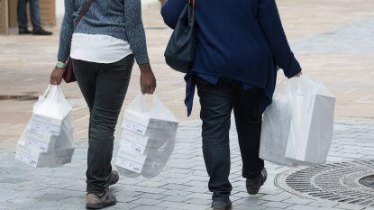 """Dieven vragen hun gestolen kleren terug aan rechter:""""We hebben ze achteraf toch betaald"""""""