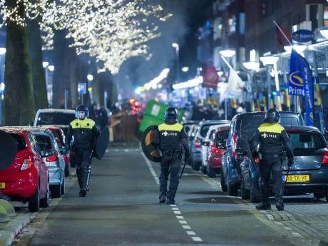 Leefbaar Rotterdam en VVD spreken afschuw uit over rellen: 'Dit heeft niks met demonstreren te maken'