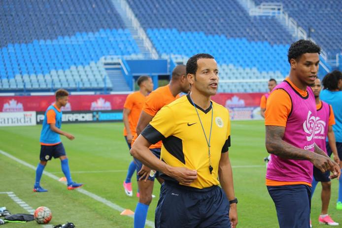 Remko Bicentini, bondscoach van Curaçao en trainer van Juliana'31, voor de training van Curaçao bij de Gold Cup van 2017.