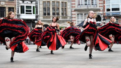 Denderende Donderdag doet dansen op de Grote Markt