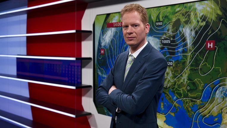 Peter Kuipers Munneke, NOS-weerman in het decor van het journaal Beeld anp
