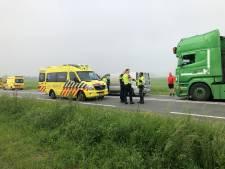 Ongeval met drie voertuigen op Deltaweg bij Goes