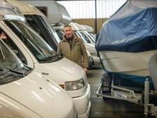 Rechtszaak tegen gevluchte huurder van Meppelse loods vol caravans blijkt niet zinvol: 'Doodziek van'