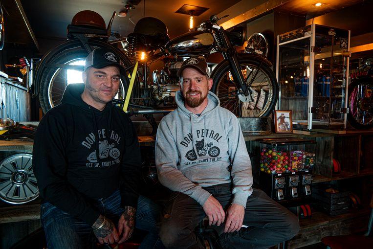 """Hans en Bart van """"Don Petrol"""" willen motorreizen organiseren in Marokko."""