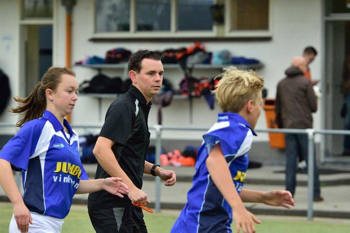 Korfbalscheidsrechter Mark Meijers