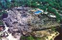 Na de brand in 2000 is De Eemhof zo verwoest dat het park twee jaar dicht blijft.