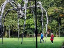 Om reuzenspin kan niemand heen: Museum Voorlinden toont duistere kant van kunstenares