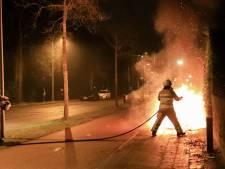 Scooter van maaltijdbezorger verwoest door felle brand in Amersfoort
