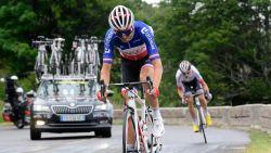 """Frans kampioen Warren Barguil veroorzaakt val Mikel Landa en excuseert zich: """"Ik hoop dat hij oké is"""""""