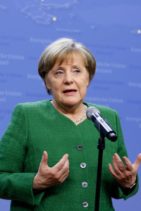 Merkel geeft ministerpost aan grootste criticus binnen partij