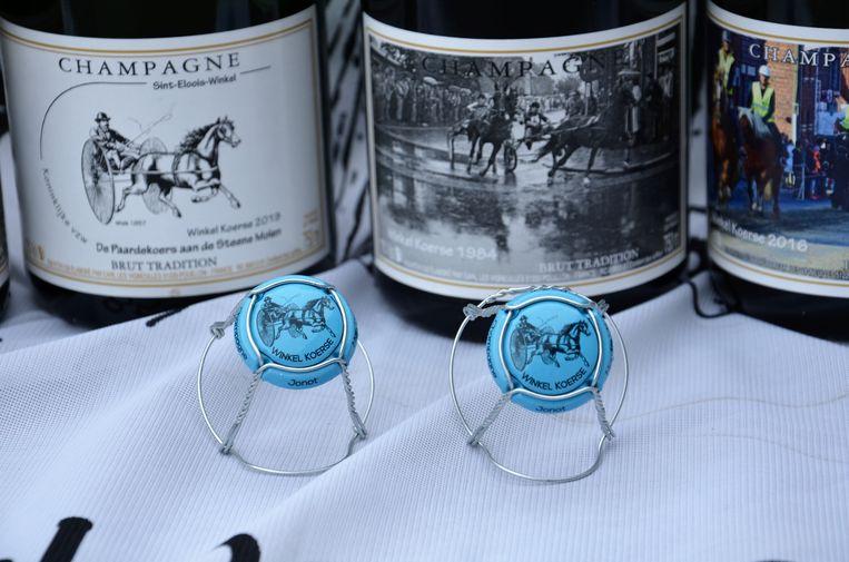 champagne Winkel Koerse, de capsule heeft dit jaar een blauw kleur