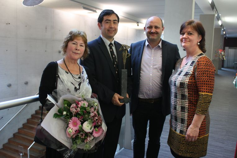Tomas Termote krijgt de prijs Cultuurraad in Bredene