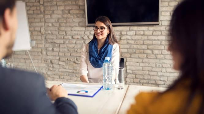 Lichaamstaal tijdens je sollicitatiegesprek: hoe maak je een goede indruk?