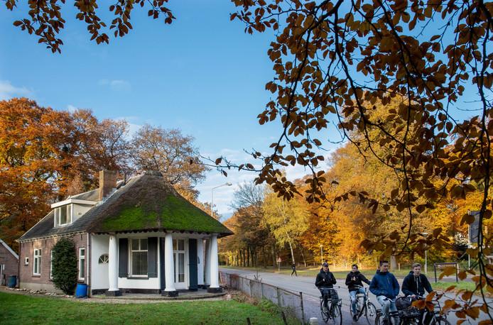 Het monumentale theehuis aan de Edesweg in Bennekom.
