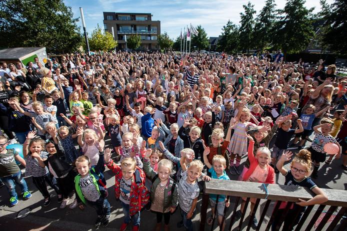 Kinderen van de Bernadetteschool in Naaldwijk