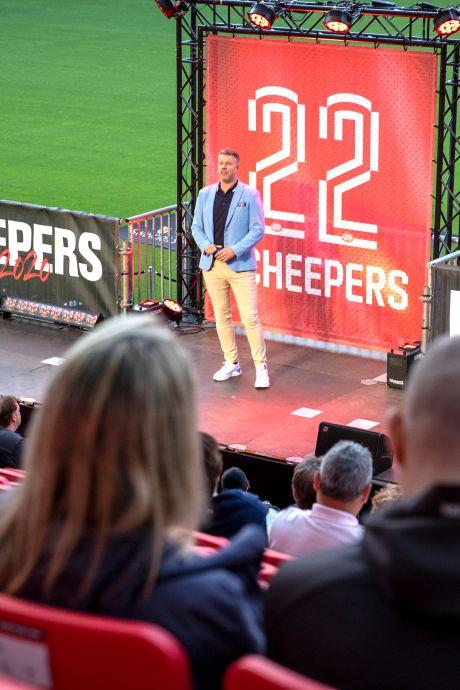 Primeur voor Rob Scheepers: avondje lachen in PSV-stadion