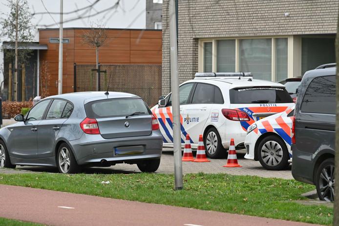 Politie op de Muldersweg na het schietincident, afgelopen dinsdagmorgen.
