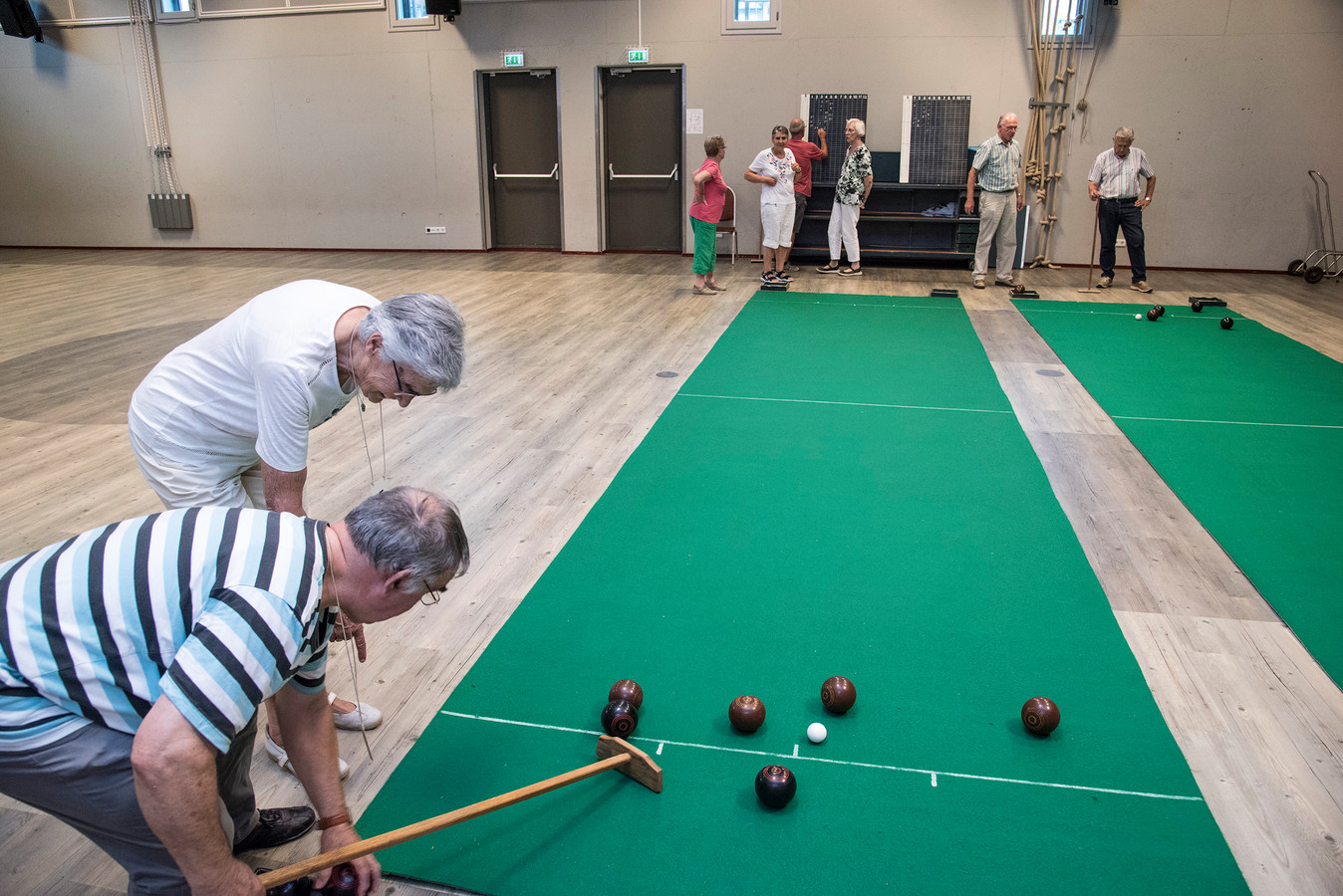 Koersbal in de Koppel in Middelaar. Nu er nieuwe beheerders zijn gevonden, kunnen sporters na afloop een drankje blijven nuttigen in het multifunctionele centrum.