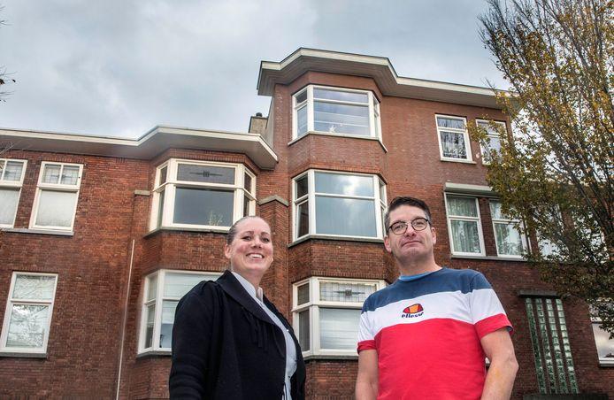 Johan en Bianca zijn de trotse eigenaren van een woning in de Vruchtenbuurt met dakopbouw. Zij waren een van de eersten in de buurt die er een verdieping bijbouwden. Inmiddels volgen velen in de wijk hun voorbeeld.