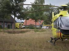 Man valt van ladder in Mariahout, traumahelikopter geland