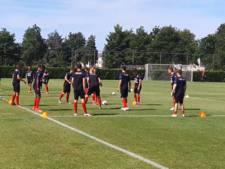 Willem II traint bij SC 't Zand